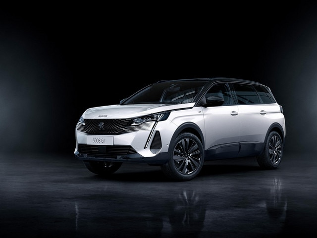 "Nouveau SUV PEUGEOT 5008 : option ""Black Pack"""